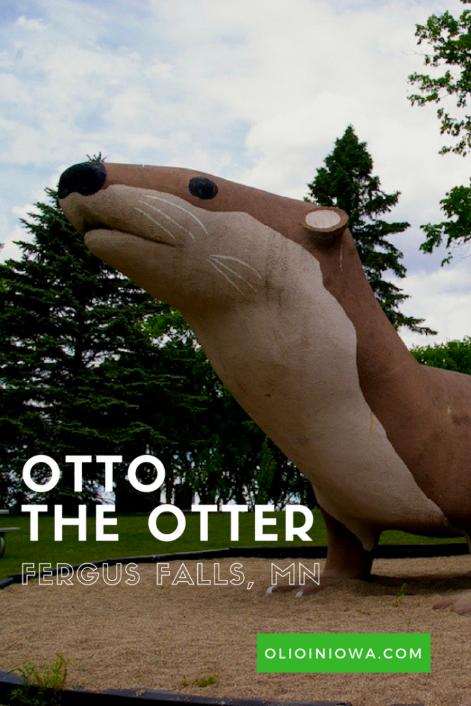 Meet Otto the World's Largest Otter who makes his home in Fergus Falls, Minnesota!