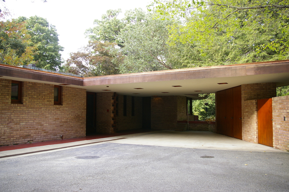 Exterior roofline of Frank Lloyd Wright's Laurent House in Rockford, Illinois