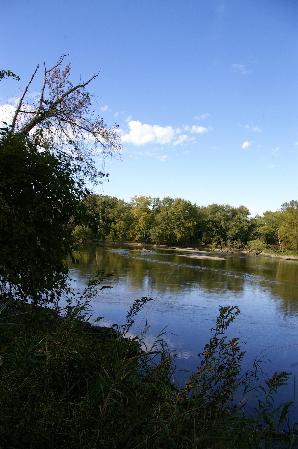 Scenic view of Rock River in Rockton, Illinois