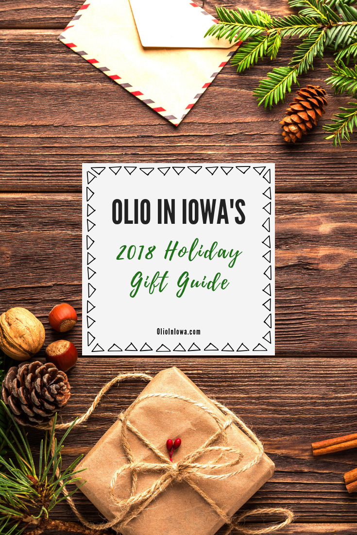 Jingle all the way to Olio in Iowa's 2018 Holiday Gift Guide! Find the perfect present for every type of traveler on your holiday list with these gift recommendations. #GiftGuide #HolidayGiftGuide #TravelGiftIdeas