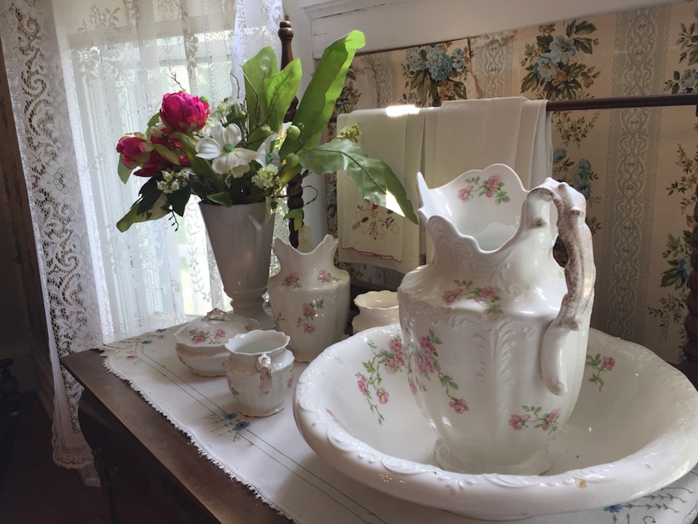 White China pitcher and bedroom set at the Seelye Mansion in Abilene, Kansas