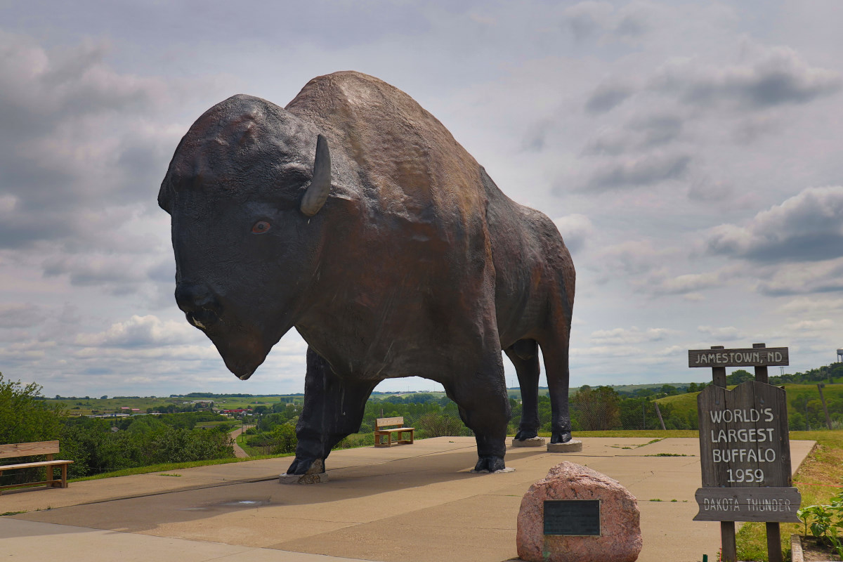 World's Largest Buffalo Statue in North Dakota