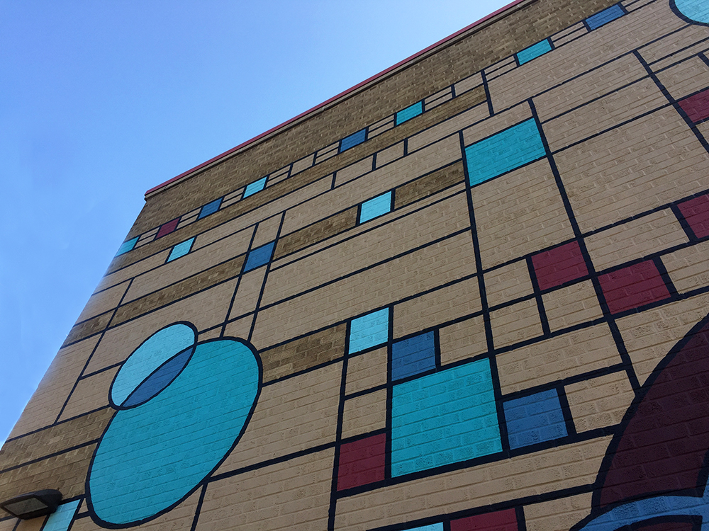 Frank Lloyd Wright inspired mural in Mason City, Iowa