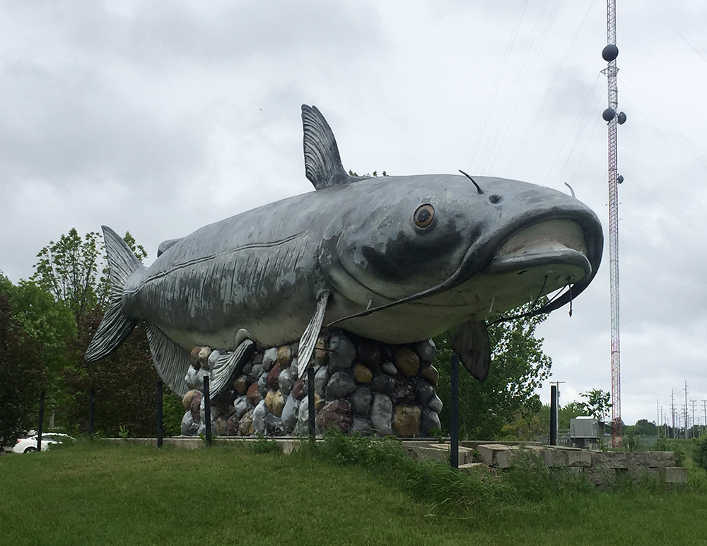 Giant gray catfish statue named the Wahpeton Wahpper, the world's largest catfish, near Wahpeton, North Dakota
