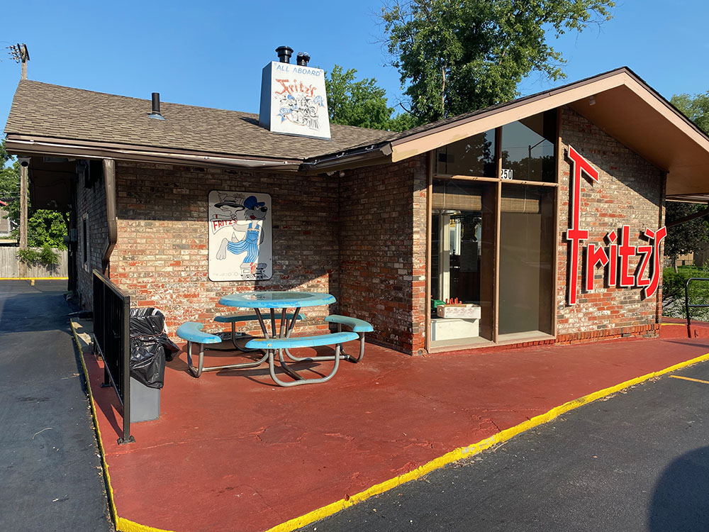 Exterior of Fritz's Railroad Restaurant in Kansas City, Kansas